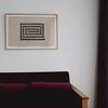 405房內三張David Tremlett畫作的其中之一