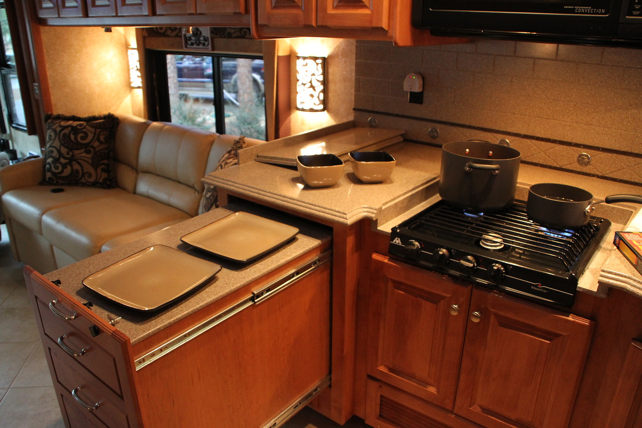Pull out expandable island and drawer area.