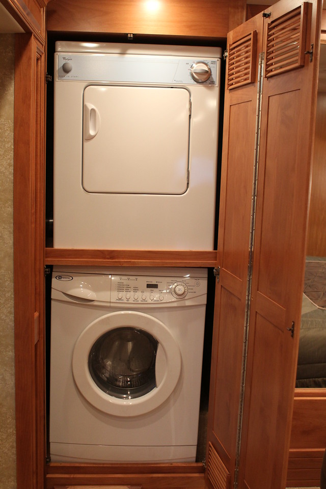 Seperate washer & dryer.