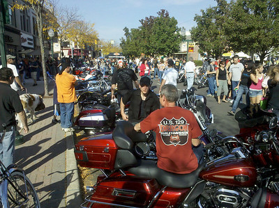 043 Plymoth motorcycle rally