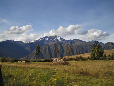 On the road from Cuzco to Urumbamba