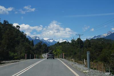 Driving south towards Hornopiren