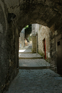 Les Baux, small streets to explore.   Provence, France.