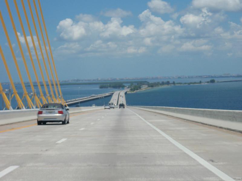 """Sunshine Skyway Bridge"", Tampa Bay, FL.<br /> St. Petersburg i bakgrunnen."
