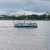 En av båtene som gikk i skytteltrafikk mellom deler av Downtown Disney og andre områder i Disney-universet ved Orlando.
