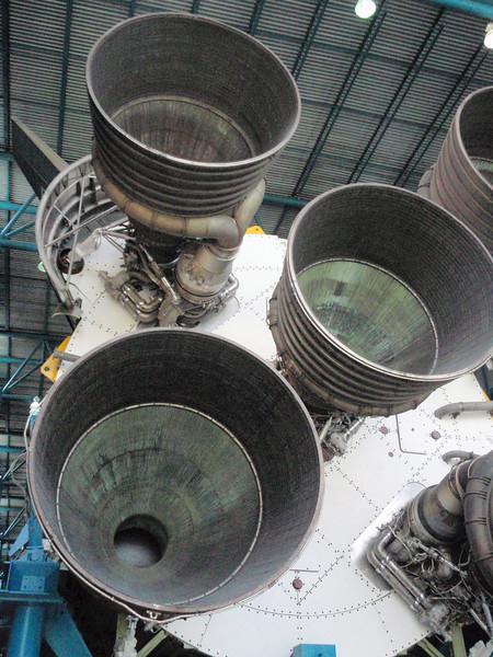 Bakenden av en Saturn V-rakett.