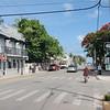 Den mest kjente gata på Key West, Duval Street.