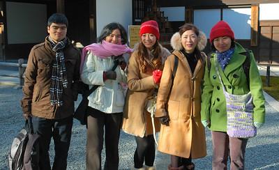 Kei, Junko, Megumi, Yuki, and Yoko outside Kinkakuji temple.