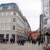 Strøget - en ca 1 kilometer lang gågate i sentrum av København. Her var det massevis av folk på lørdagen, men også folksomt på søndag og mandag.