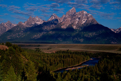 Snake River Overlook as the sun rises.  Grand Teton National Park.
