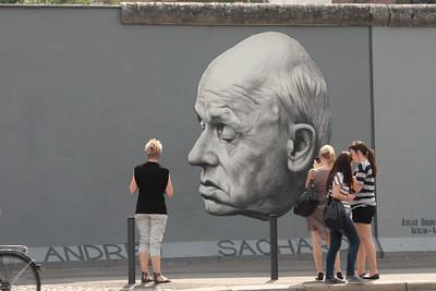 2011 06 05_Berlin Wall Grafiti_3210