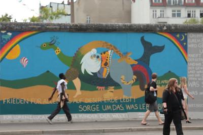 2011 06 05_Berlin Wall Grafiti_3194