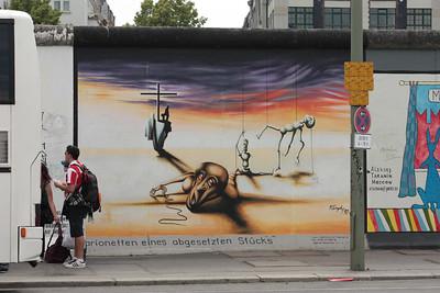 2011 06 05_Berlin Wall Grafiti_3207