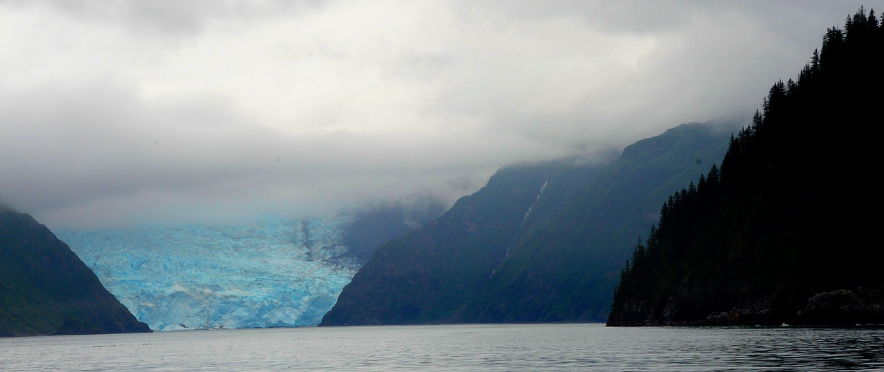 WATERVIEWS/GLACIERS: The Holgate glacier in the Bay of Alaska.