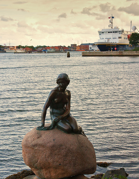 """ lLITTLE MERMAID"" - COPENHAGEN.<br /> <br /> NATIONAL GEOGRAPHIC "" EXPLORER"" MOORED IN BACKGROUND."
