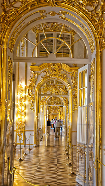 CATHERINE'S PALACE.<br /> UNFORTUNATELY NO PHOTOGRAPHY IN AMBER ROOM.