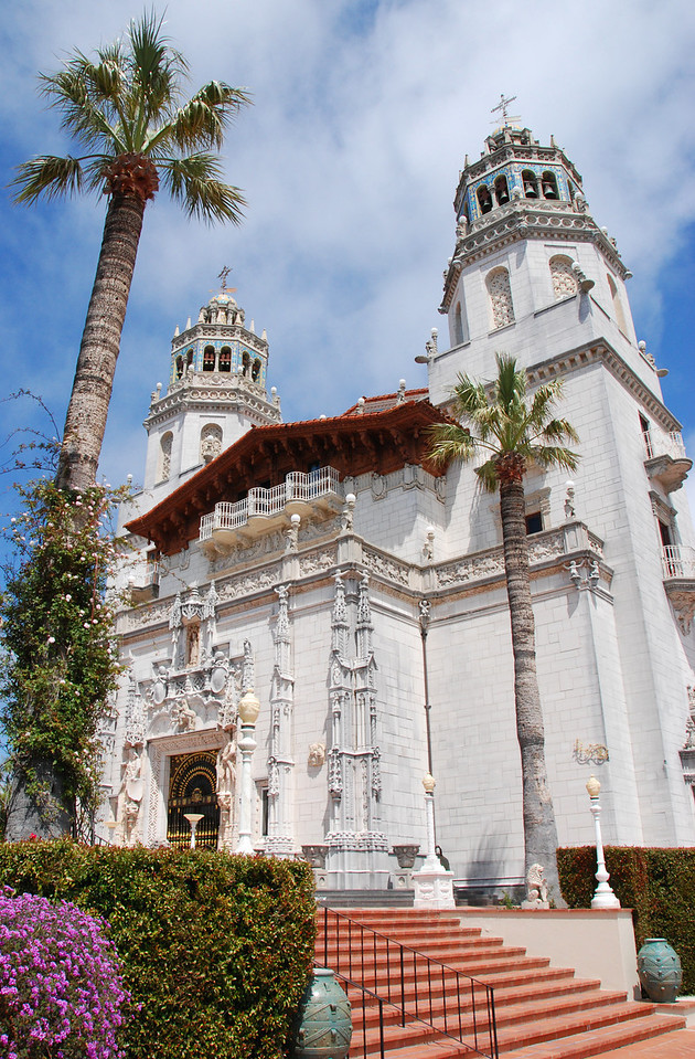 The main building of the Hearst Castle in San Simeon.