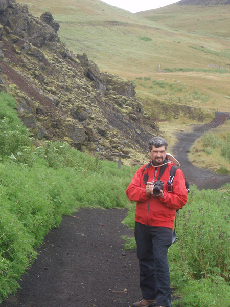 Pierre on the trail - on the lava field - to the volcano on Heimaey Island