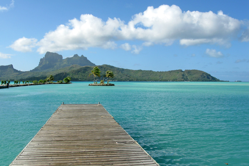 Between Tahiti and Tikehau, stop at the Bora Bora airport. The airport is located on a motu, boats come and go for the tranfers to the Hotels on the other motus.