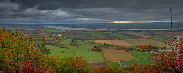 The Ottawa Valley in the Fall!