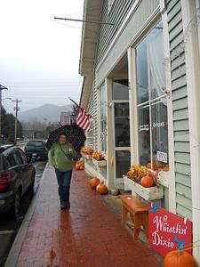 Whistlin' Dixie in the rain.