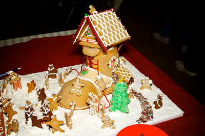 Gingerbread Houses - November 26, 2011