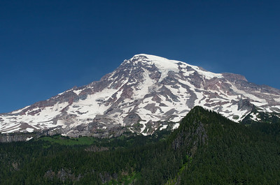 Another view of Mt Rainier from the Nisqually River overlook