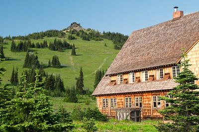 The Lodge at Sunrise Visitor Center, Mt Rainier National Park
