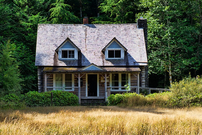 The Storm King Ranger Station on Lake Crescent, Olympic National Park
