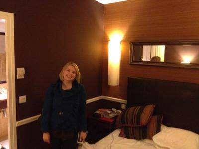 Le petite hotel room