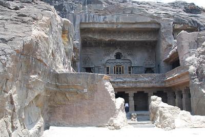 041 - Ellora, Budhist Temple