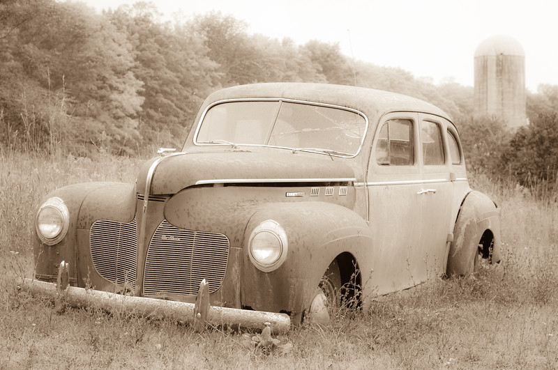 rusty-old-desoto-5476