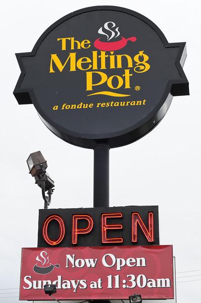 melting-pot-5776