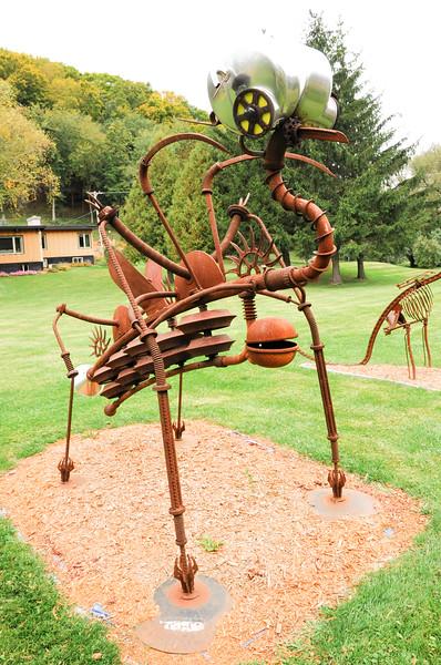 metal-sculptures-6399