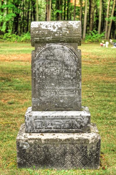 blossomberg-cemetery-5370