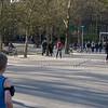 Mye fysisk aktivitet i Vondelpark en lørdag ettermiddag. Se og bli sett.