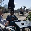 Noen NHI-ansatte med følge nyter Amsterdam-våren.<br /> (Bente, Terje, Didier, Tone, Tor André)