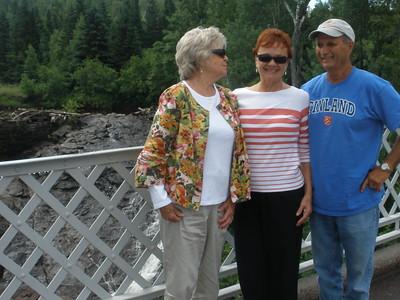 Cathy Leach, Vadis, Paul Leach