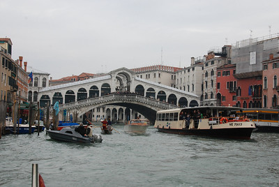 We pass under the Rialto Bridge on the way.