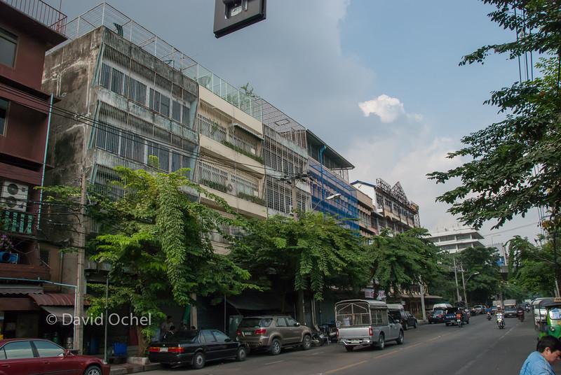 Somewhere in Samphan Thawong?