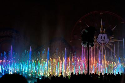 World of Color. Took 68 pictures. Kept 6. Digital is great.
