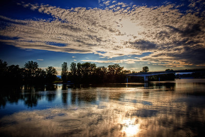 Sunset over the Rhône (HDR)