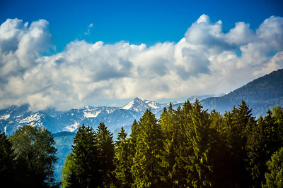 Bavaria (or Bayern) is well endowed with natural riches: snowy Alpine peaks, rushing streams and green velvety forests that revives the soul.