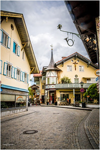 Oberammergau town is quaint with cobblestone road, craft shops, cafes, antique shops and the like.