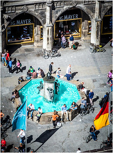 Fischbrunnen Fountain in Marienplatz