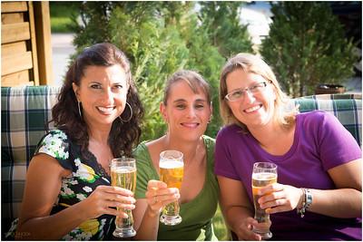 Marki, Cordula, Silke toast with German beer