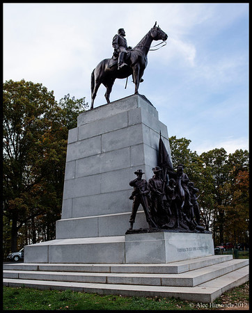 "Statue of Robert E. Lee<br /> Inscribed ""VIRGINIA TO HER SONS AT GETTYSBUG""<br /> <br /> Gettysburg Battlefield<br /> Gettysburg, PA"