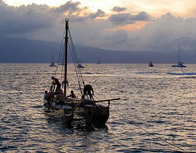 380 Lahaina canoe