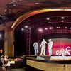 Panorama of Penn & Teller beginning the cell phone trick