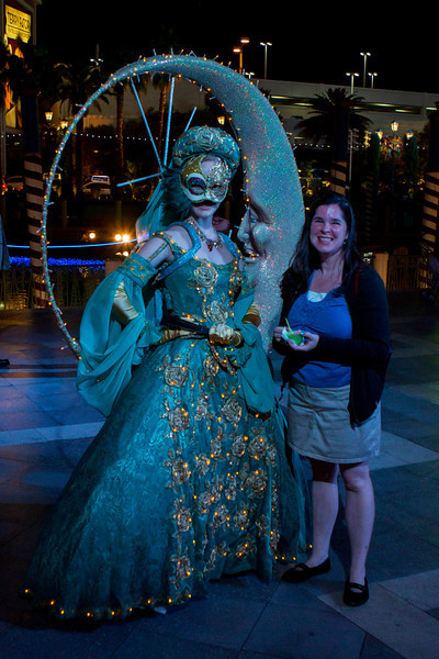 Bobbie with a costumed performer at the Venetian